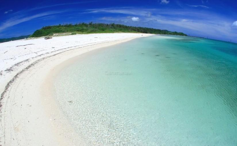 奥武島東の浜